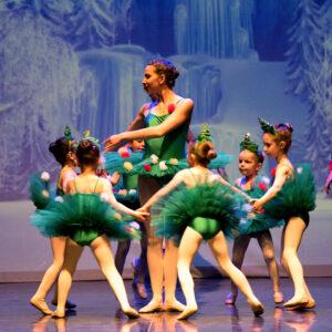 Ballet drem school_Spettacolo di danza_alberi di natale